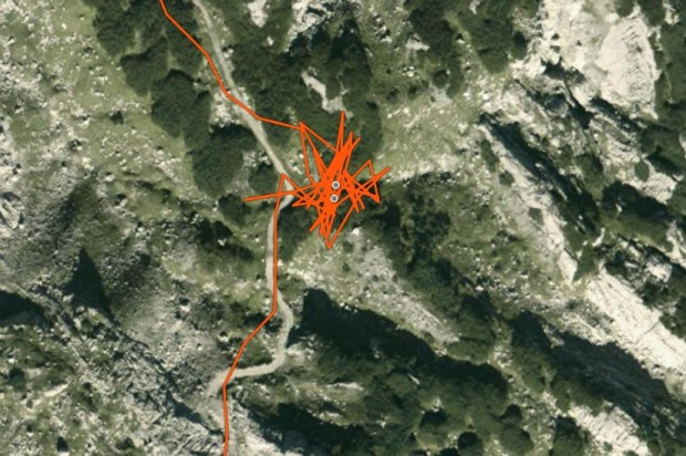 "Ambit 3 Peak ""GPS Flower"": Track points erroneously recorded while stopped"