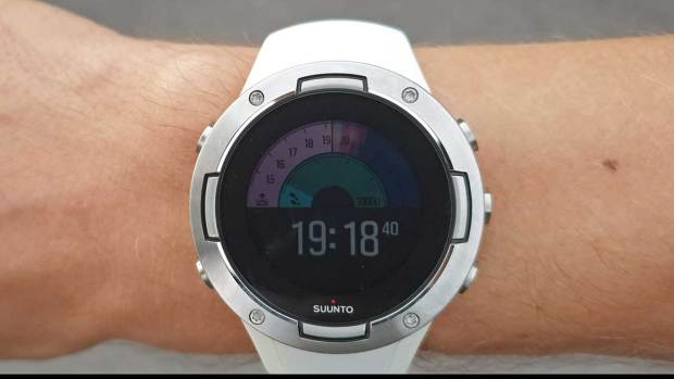 Suunto 5, New Outdoor Watchface, First Screen, Backlight Not Active