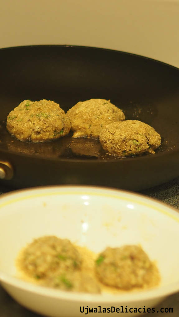 Crab cakes Frying