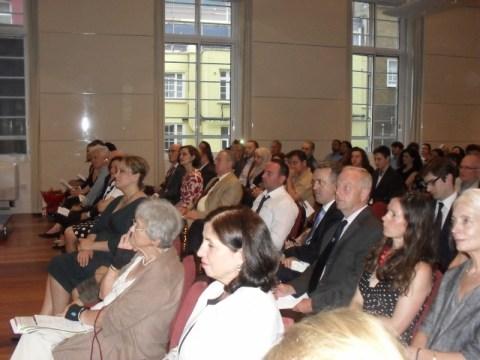 Fondacioni për Nëna dhe Foshnje të Shëndosha kërkon përkrahje nga Diaspora shqiptare