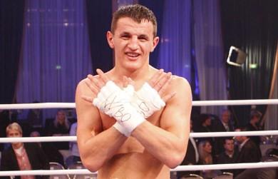<!--:en-->Boxing: Robin Krasniqi vs Nathan Cleverly at Wembley Arena, London, on 20th April 2013<!--:-->