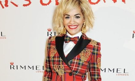 <!--:en-->Rita Ora upstages Kate Moss, just a month after doing the same to Naomi Campbell<!--:-->