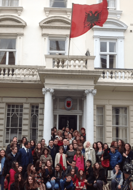 talented e rinj - tek ambasada shqiptare ne Londer