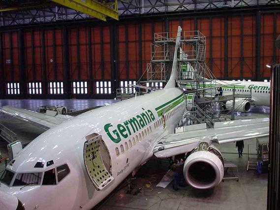 <!--:sq-->Aerokompania Germania i shkakton telashe pasagjerëve shqiptarë në linjën Londër – Prishtinë<!--:-->