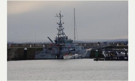 <!--:sq-->U arrestuan tre britanikë pasi që 11 shqiptarë u gjetën në një anije afër Ramsgate-it<!--:-->