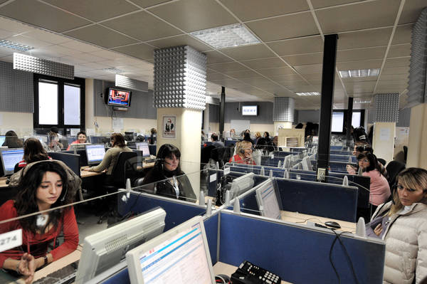 19,000, Italians looking for work in Albania