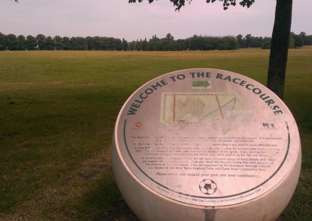 Parku i garave te kuajve ne Northampton , ku dyshohet te kete ndodhe therrja me thike me 25 korrik 2014.