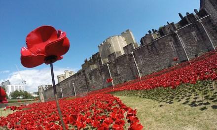 <!--:sq-->Ceremoni të së Dielës së Përkujtimit po mbahen anë-e-mbanë Britanisë<!--:-->