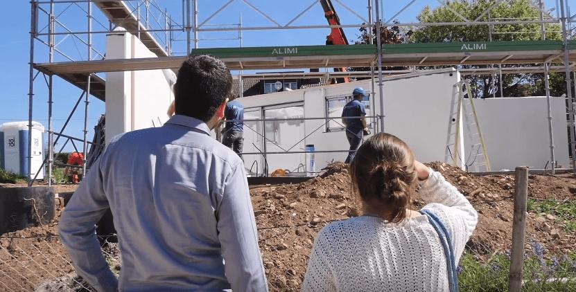 Albinfo.ch: Shtëpi kosovare për familje zvicerane (Video)