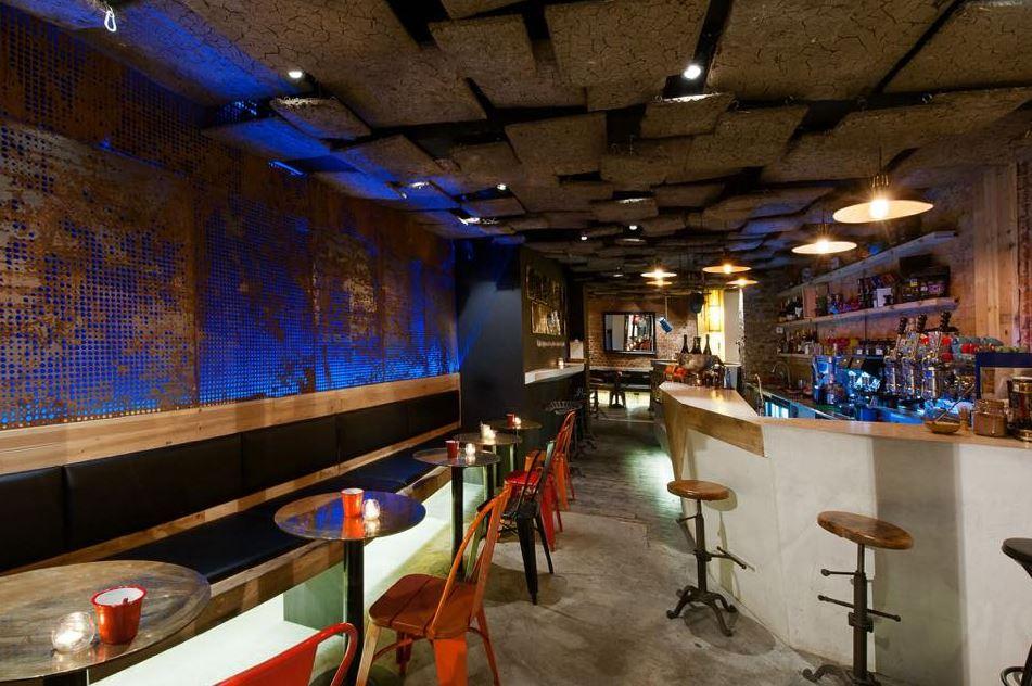 """Ndertimi.info: Kafeneja më e mirë në Londër si një """"copë"""" Kosove në Angli, e gjitha produkt kosovar"""