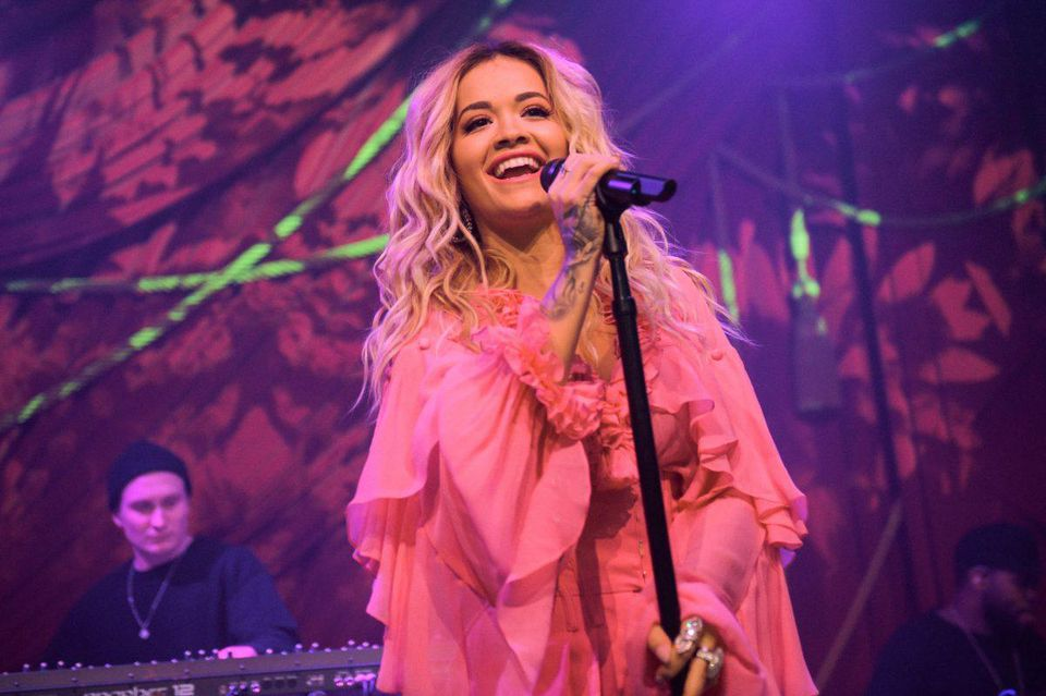 """Rita Ora joins Absolut Lime to kick-off Grammy Awards weekend with the first live performance of her new song, """"Proud"""" at the Absolut Open Mic Project x Spotify"""