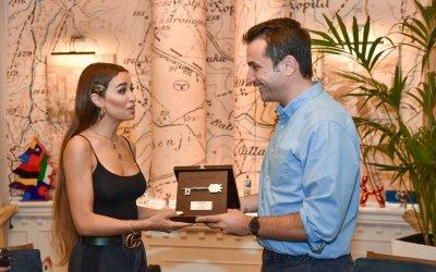 Eleni Foureira awarded the key to the city of Tirana