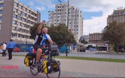 Mërgimtari Labinot Sherifi, nga Anglia në Kosovë me biçikletë