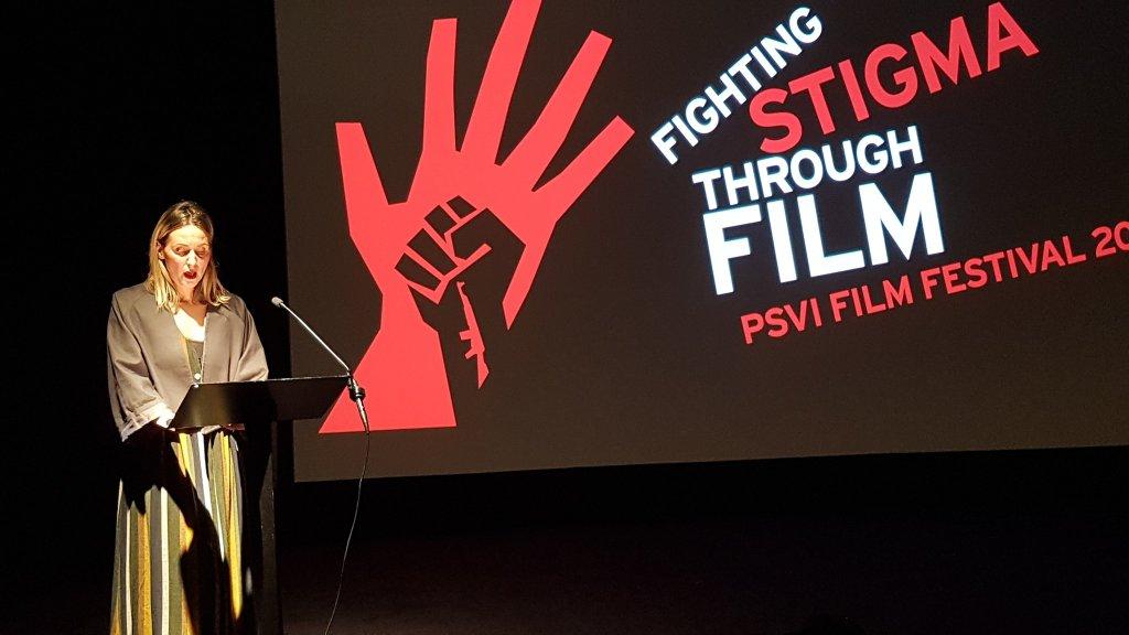 Alketa duke folur mbreme rreth dokumentarit 'Making of Thinking of You' ne BFI, Londer.