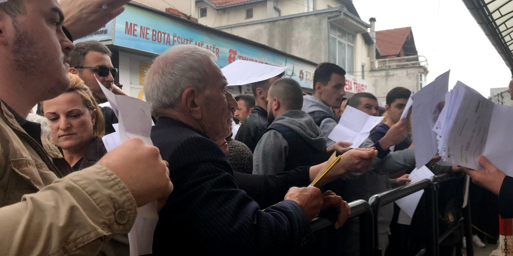 Visa-Free Travel Remains Dream for Kosovo Albanians, ethnic Serbs who live there don't have this problem as they all have Serbian passports