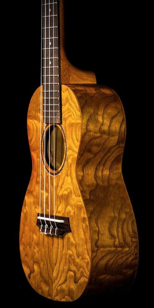 Ohana_ukuleles_willow_front_zoom_CK-15W_2000x