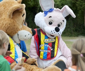 Easter activities with Freddy the Fox