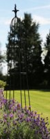 1.4m Harvington Garden Obelisk