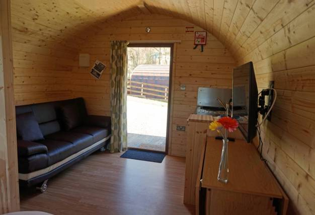 Pod Interior 2