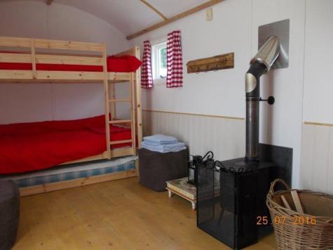Hut bunks & wood burner