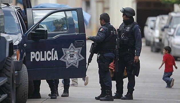 انتهاء مسيرة النساء في مكسيكو سيتي بالاشتباك مع القوات الامنية