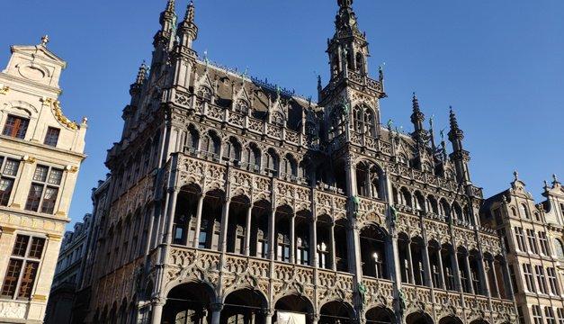 بلجيكا تؤجل تخفيف الحجر الصحي حتى أبريل