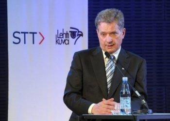 رئيس فنلندا يوجه انتقادات للاتحاد الأوروبي لسياسته في شراء لقاحات COVID
