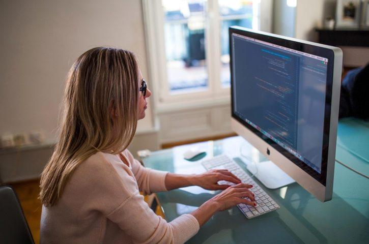 في أوكرانيا، تضاعف عدد النساء في مجال تكنولوجيا المعلومات ثلاث مرات