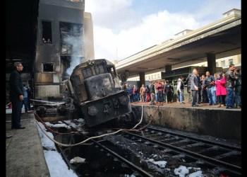 مصر: نحو 30 وفاة و أكثر من 60 جريحا في حادث تصادم قطارين