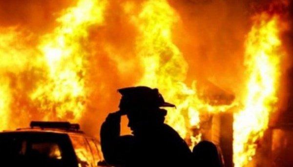 وفاة 3 اشخاص اثر حريق في حمام غير مكتمل في كييف