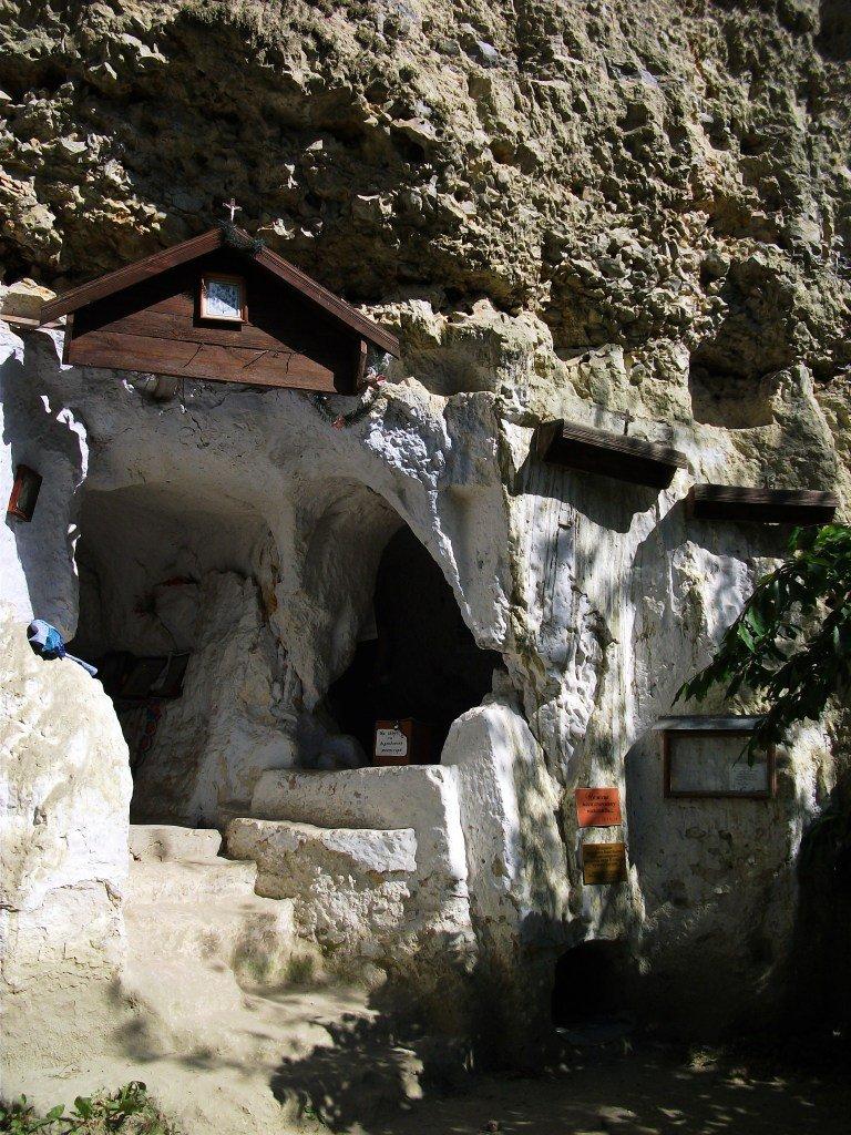 دير الصخرة باكوتا