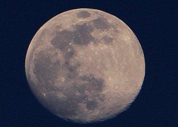 SpaceX في مهمة جديدة إلى القمر