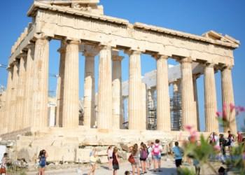 اليونان لن تسمح للسياح الاوكران بدخولها