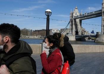 بريطانيا تبدا بتخفيف القيود وتسمح بسفر مواطنيها الى الخارج