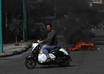 لبنان يرفع سعر الخبز من جديد وسط أزمة خانقة