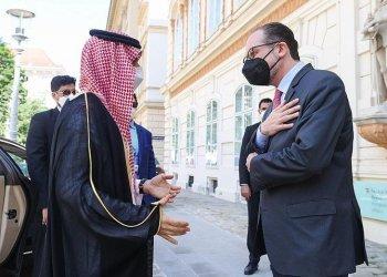 """وزير الخارجية السعودي سيحكم على الرئيس الإيراني الجديد رئيسي من خلال """"الواقع على الأرض"""""""