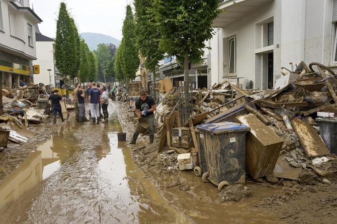 ألمانيا تحسب تكلفة الفيضانات مع تلاشي الآمال في العثور على ناجين