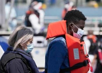 تونس تنقذ 166 مهاجرا في البحر