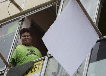 ماليزيا تحتضر جراء كورونا وموطنيها يستغيثون طلبا للنجدة