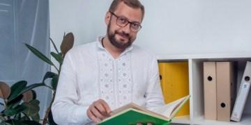 زيلينسكي يعين رئيسًا لإدارة الدولة الإقليمية في تشيرنيهيف