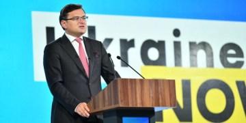 كوليبا تعلن عن حملة ترويجية عن أوكرانيا على البي بي سي