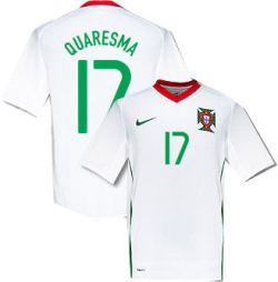 08-09 Portugal away (Quaresma 17)