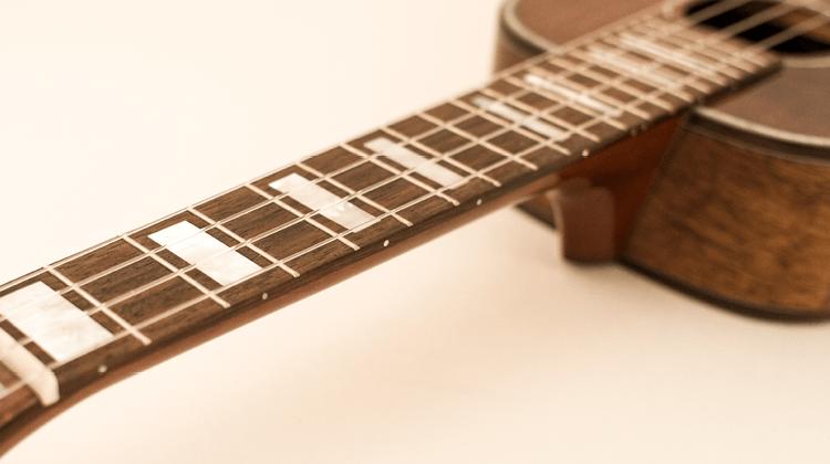 gear guru side dots ukulele great playing uke