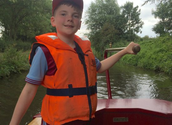 Get all the Family involved for a successful narrowboat holiday