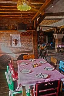 Etno-kuca-Gracanica-enterier-serbian-old-house-restaurant