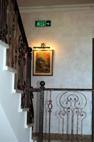 hotel-stairway-classy