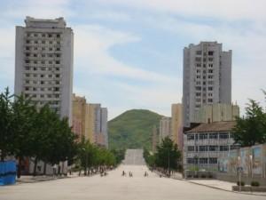 Busy Kaeseong downtown.