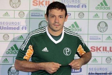E o Román? Reconhece? Passou pelo Palmeiras em 2012