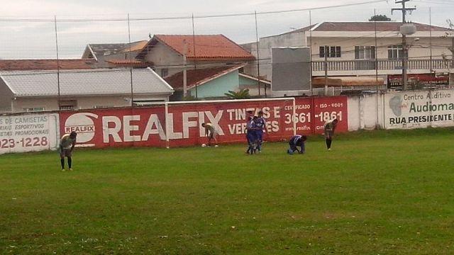 4 2 comemora+º+úo do gol Leonardo Bonassoli Futebol Metr+¦pole