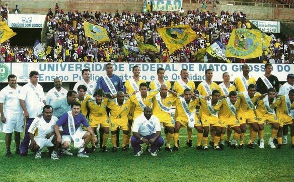 O Cene campeão em 2002 (Crédito: Placar)